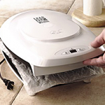 Clean Foreman Grill with Wet Paper Towel