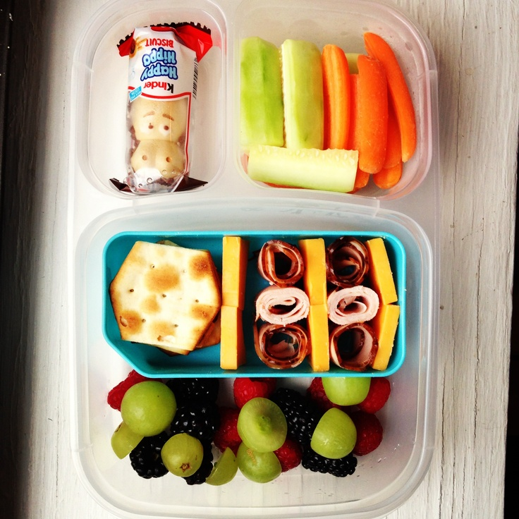 fruit cheese meat school lunch organizedCHAOSonline