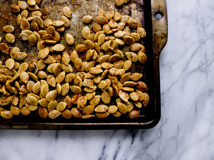 Easy Roasted Pumpkin Seeds by Healthfully Ever After