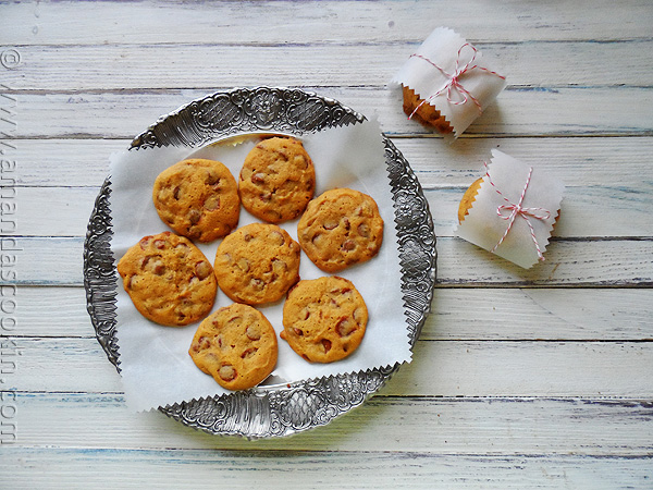 Pumpkin Cinnamon chip cookies | Amanda's cookin' | 89 days of pumpkin