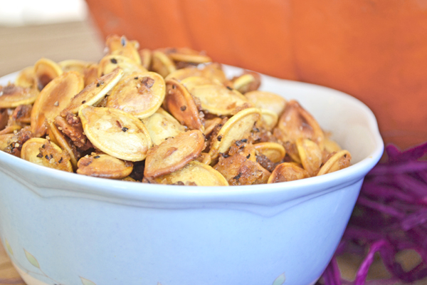 salty sweet roasted pumpkin seeds by cook the story